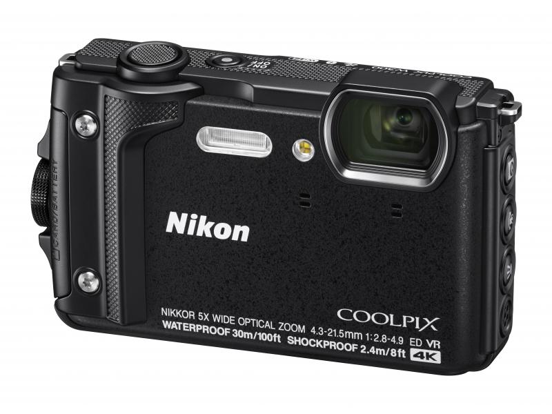 NIKON CoolPix W300 fekete (Holiday kit)