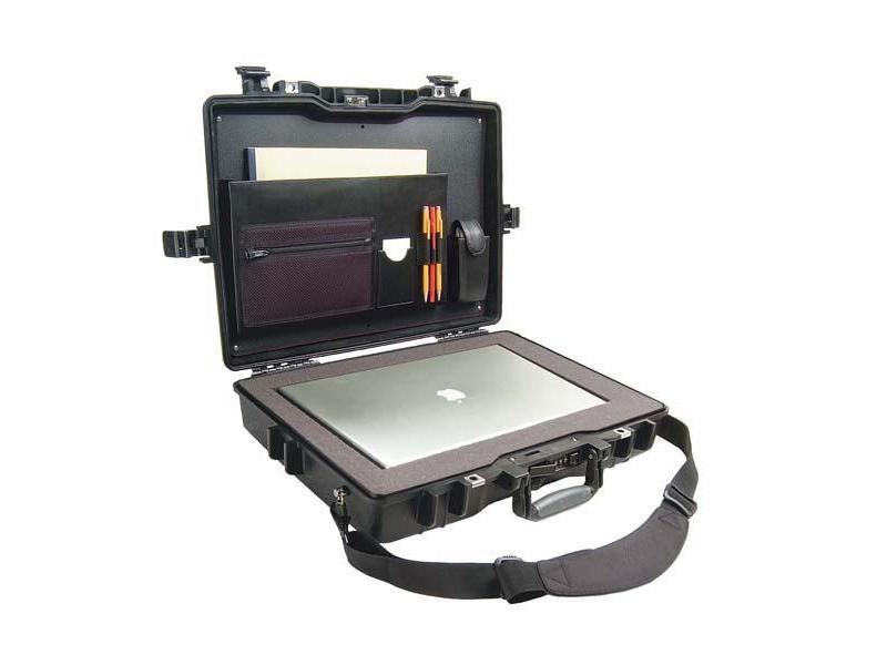 104 900 Ft. Előjegyezhető Peli 1495 CC2 víz- és ütésálló laptop táska előm.  szivacsbetéttel és ... acae2dee32